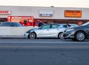Tucson, AZ – Accident on S 10th Ave Results in Injuries